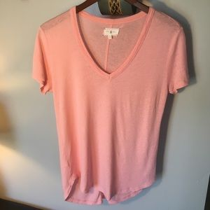 Lou & Grey Linen T-Shirt Size Small Peach 🍑